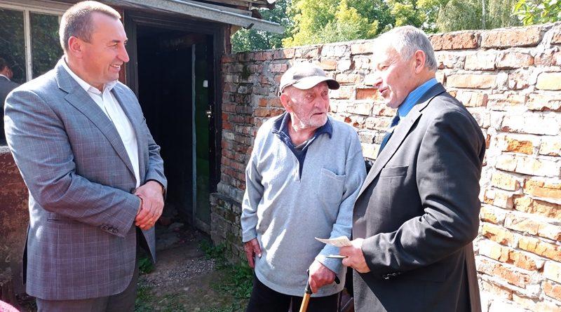 Міський голова Андрій Богдан відвідав ветеранів Другої світової війни