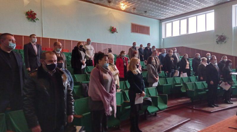 Відбулося перше пленарне засідання сесії міської ради восьмого скликання