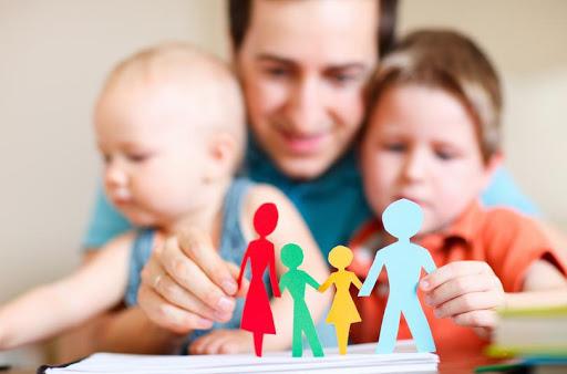 Центр надання соціальних послуг міської ради може надати допомогу у створенні прийомної  сім'ї